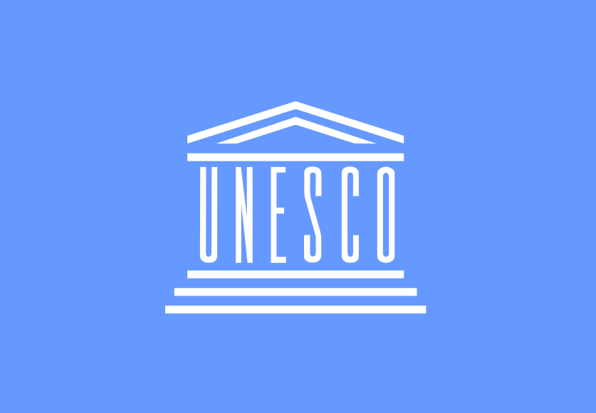 Flaga i logo UNESCO