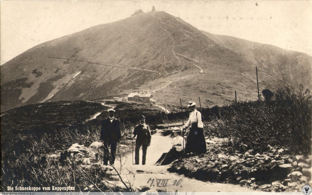 Śnieżka na starej fotografii rok 1910 - Źródło: http://dolny-slask.org.pl/