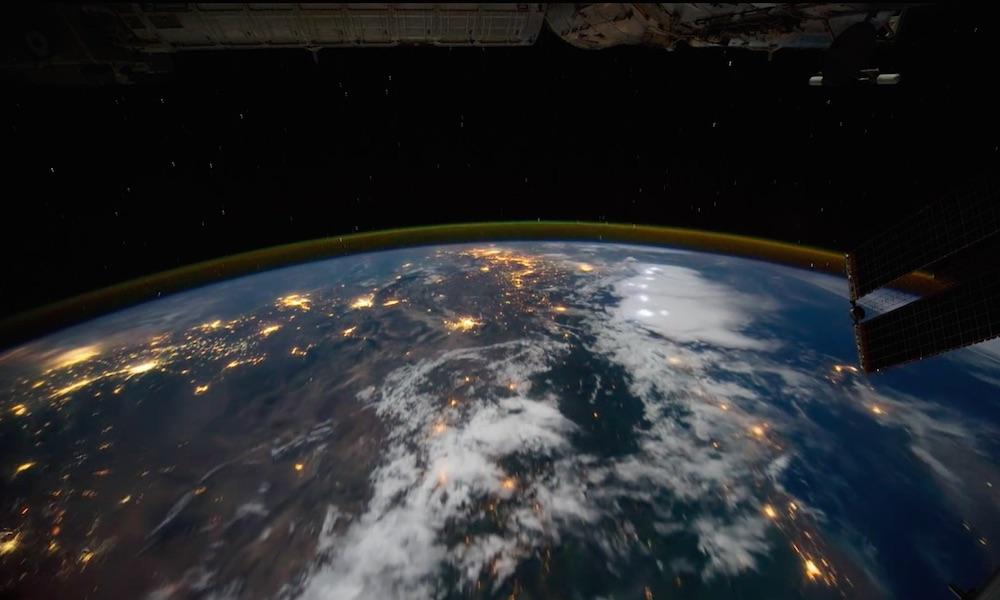 Ziemia ze Stacji Kosmicznej na Filmie - Źródło: https://vimeo.com