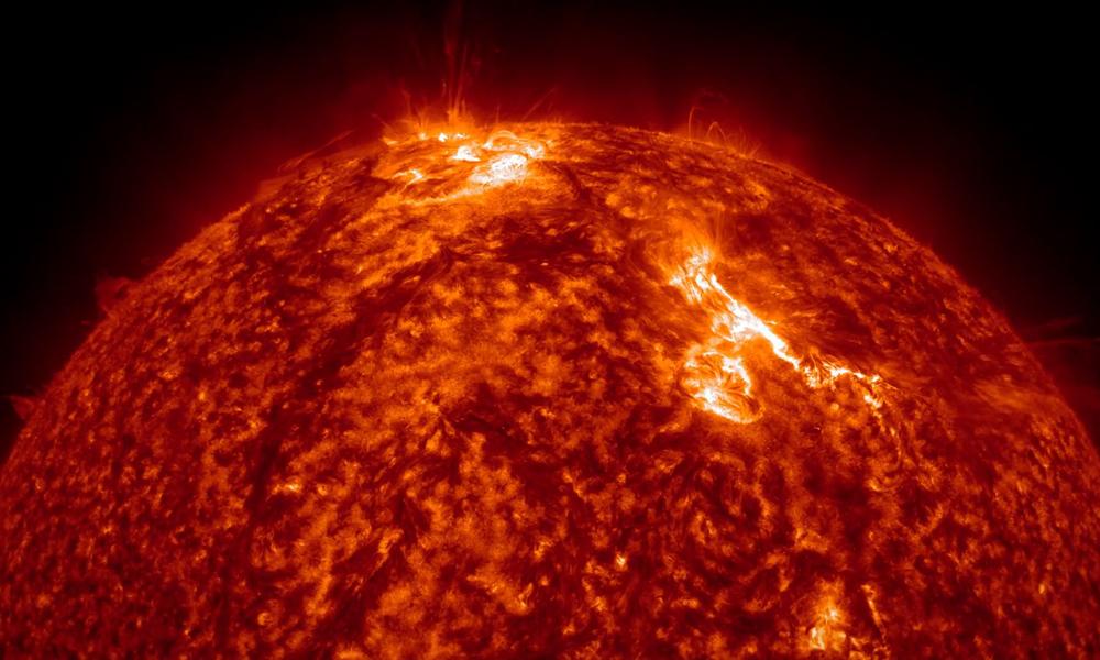 Aktywność Słońca na Filmie Timelapse - Źródło: https://vimeo.com