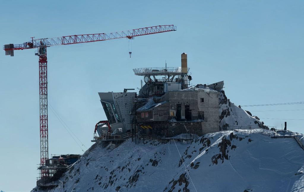 Punta Helbronner - Budowa Stacji Kolejki - Źródło: www.in2white.com