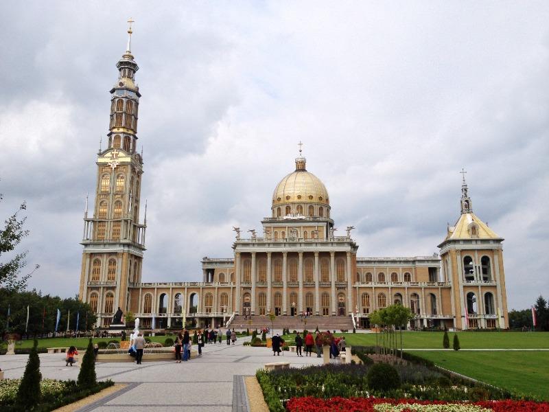 Sanktuarium Matki Bożej Licheńskiej - Lista rekordowych budowli w Polsce