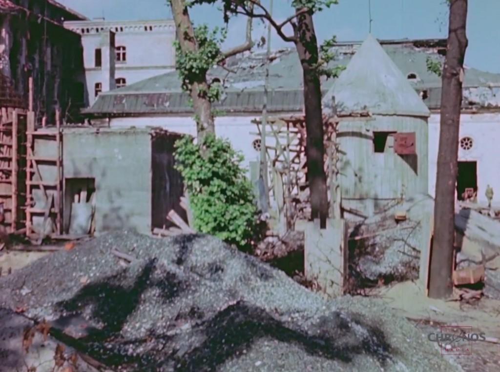 Bunkier A. Hitlera (Führerbunker) 1945 Rok - Źródło: www.youtube.com