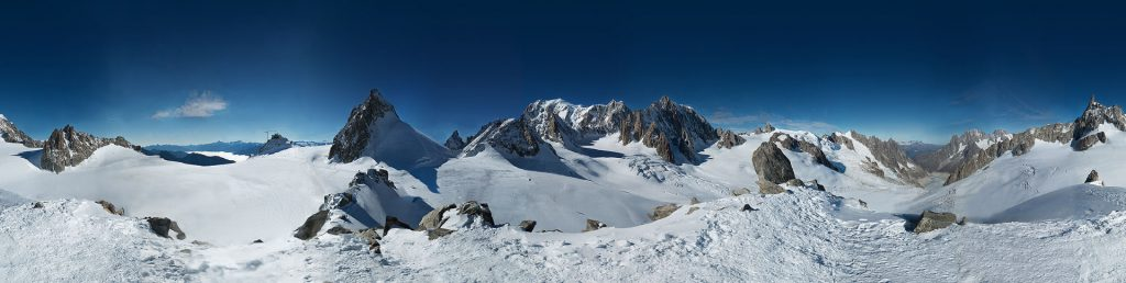 Panorama, gigantyczne zdjęcie Mont Blanc - Źródło: www.in2white.com