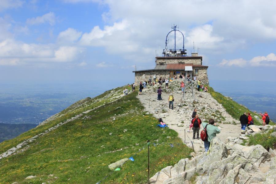 Budynek obserwatorium na Kasprowym Wierchu - Autor: Tomasz Kapczyński