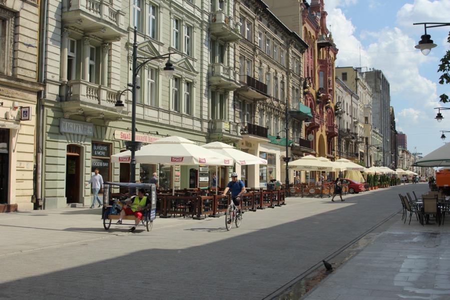 Ulica Piotrkowska - Autor: Tomasz Kapczyński