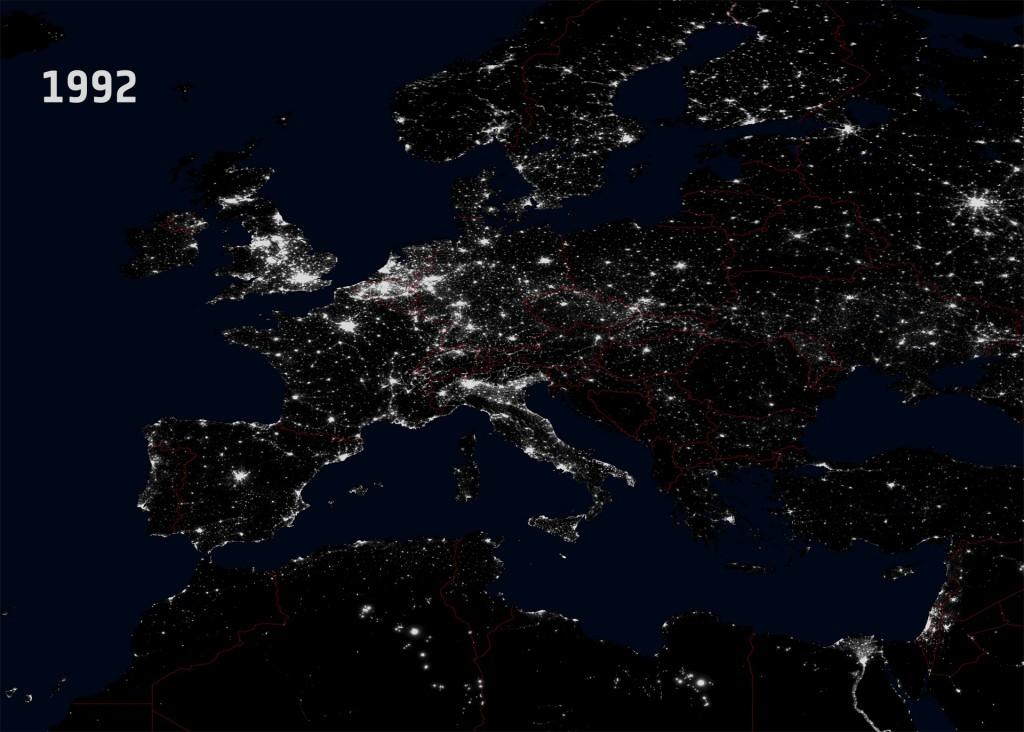 Światła Europy i Polski z Kosmosu 1992 Rok - Źródło: NGDC/DMSP/ESA