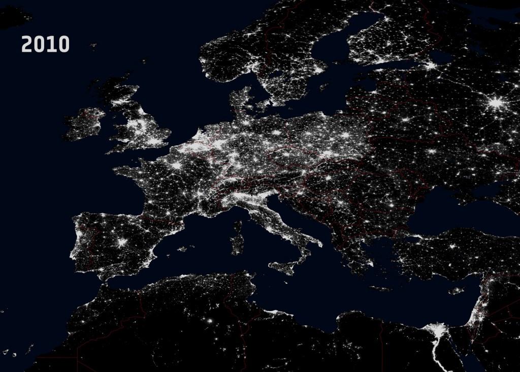 Światła Europy i Polski z Kosmosu 2010 Rok - Źródło: NGDC/DMSP/ESA