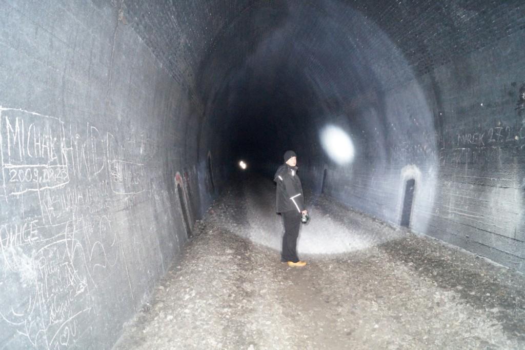 Wyprawa do tunelu kolejowego pod Małym Wołowcem
