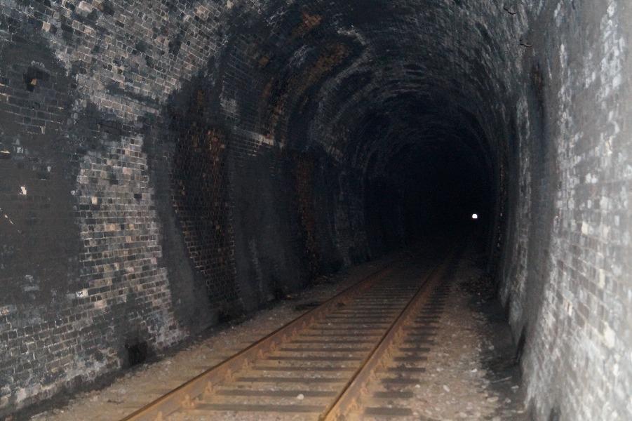 Najdłuższy tunel kolejowy w Polsce - Lista rekordowych budowli w Polsce
