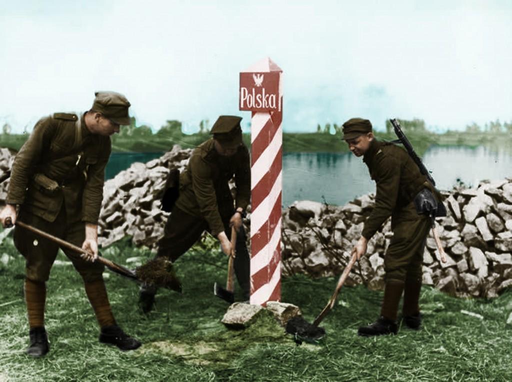 Pokolorowane Zdjęcie Żołnierzy 1. Armii WP