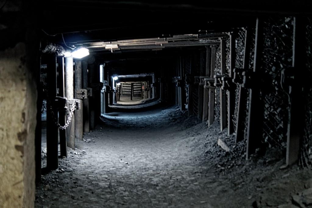 Pokopalniane Wyrobiska i Chodniki