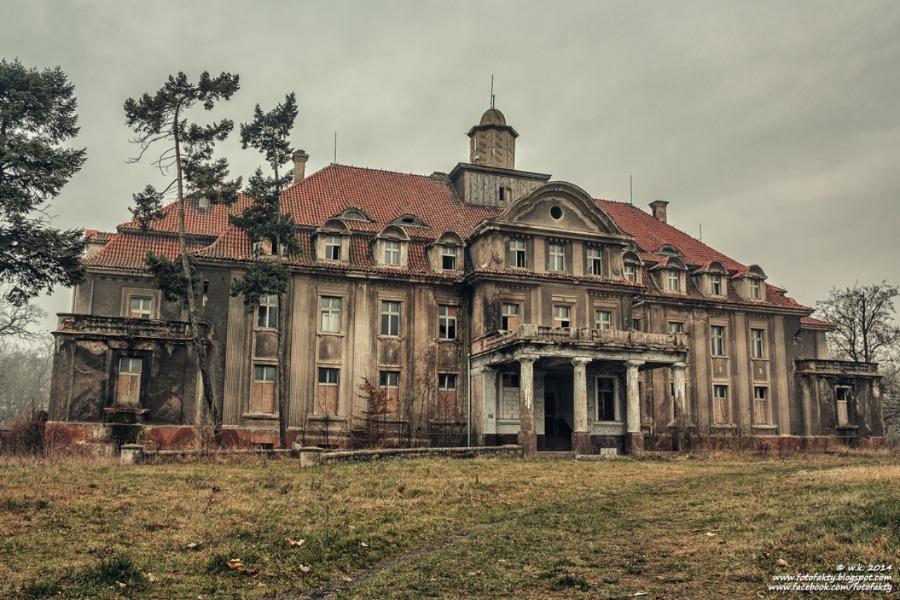Pałac w Bełczu Wielkim - Lista Opuszczonych Miejsc - Foto: Wioletta Kozłowska