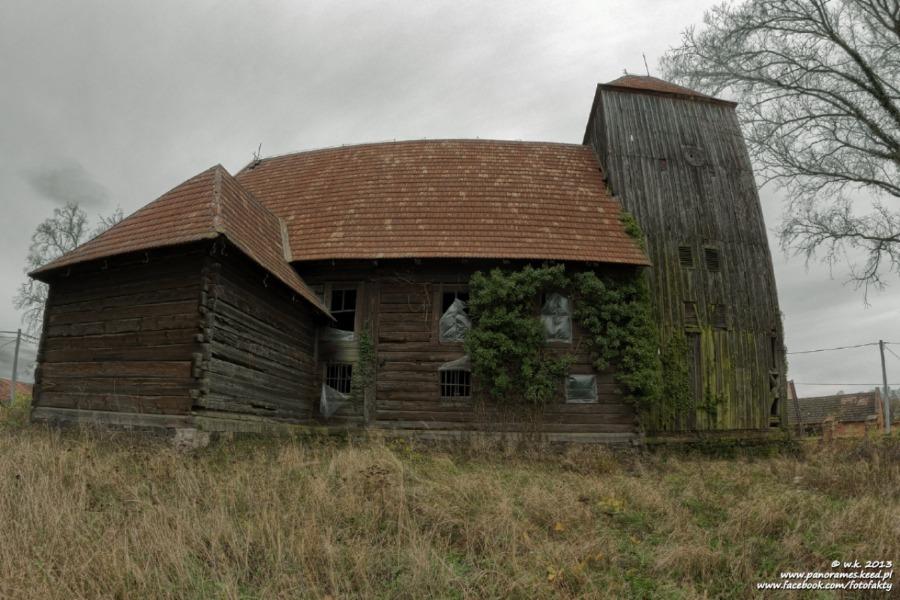 Kościół ewangelicki w Kuźniczysku - Lista opuszczonych miejsc - Foto: Wioletta Kozłowska