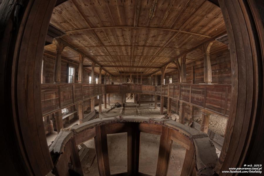 Kościół ewangelicki w Kuźniczysku - Wnętrze - Foto: Wioletta Kozłowska