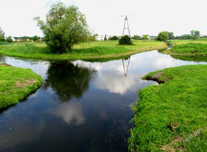 Skrzyżowanie rzek w Wągrowcu - Lista zaskakujących miejsc w Polsce - Autor: Halina Gniewkowska-Gniadek