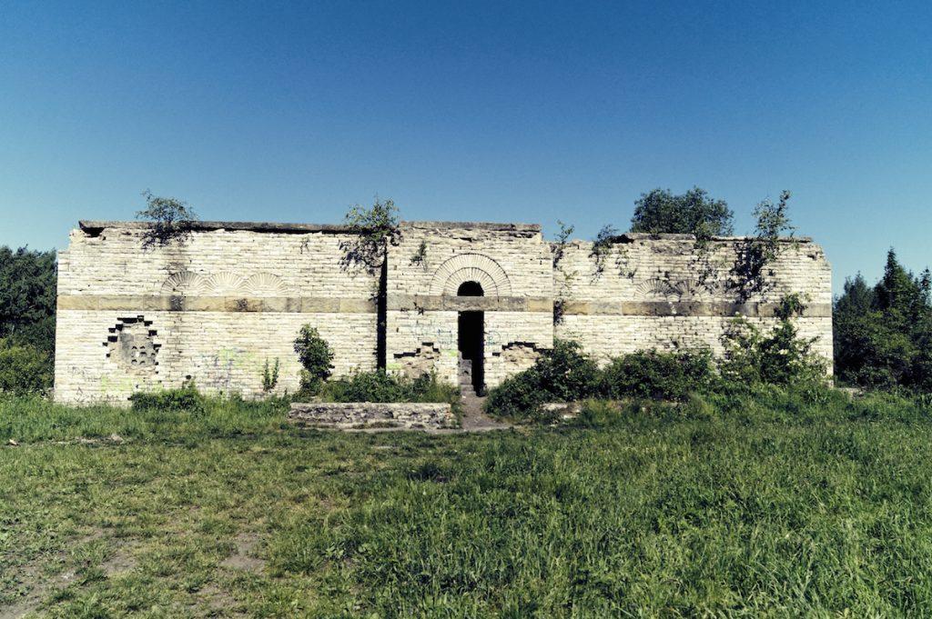 Totenburg w Wałbrzychu - Schlesier Ehrenmal - Lista zaskakujących miejsc w Polsce