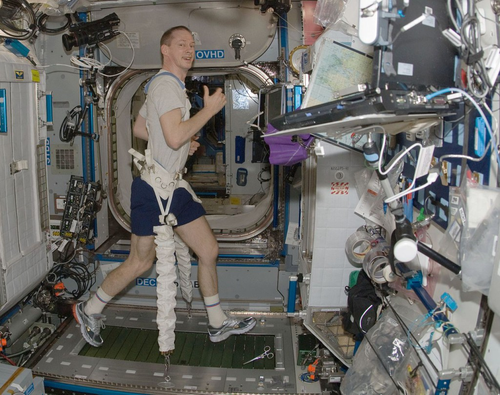Trening w kosmosie - Astronauta Frank De Winne - Źródło: NASA