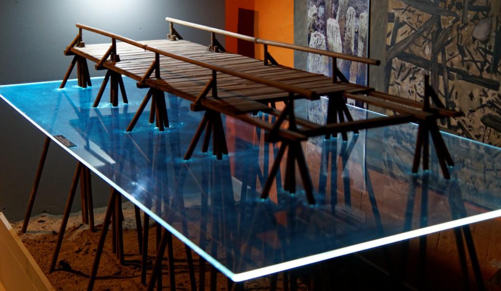 Model mostu z Ostrowa Lednickiego - Zbiory Muzeum Pierwszych Piastów