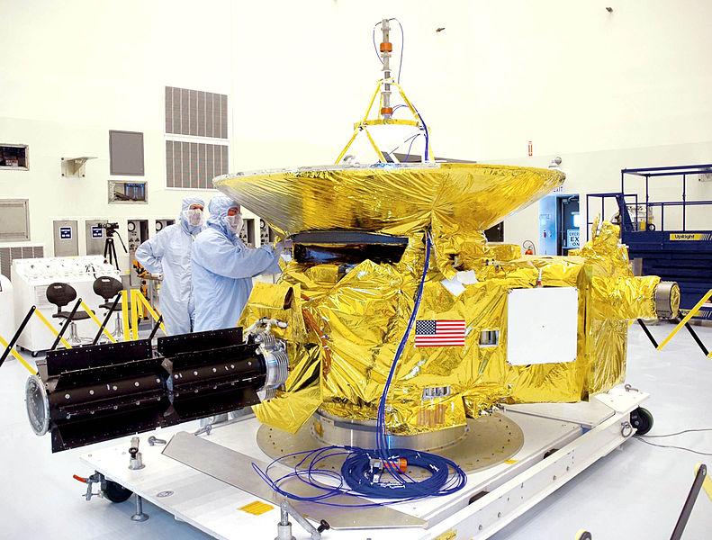 New Horizons podczas przygotowań do startu - Foto: NASA