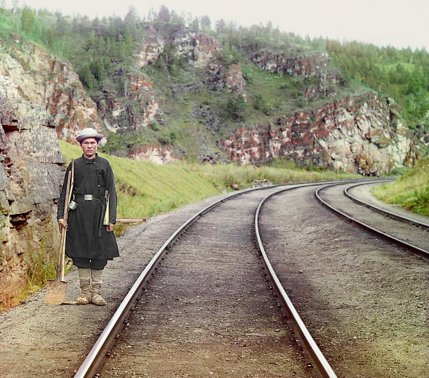 Baszkirski zwrotniczy na trasie kolei transsyberyjskiej. Rok 1910.