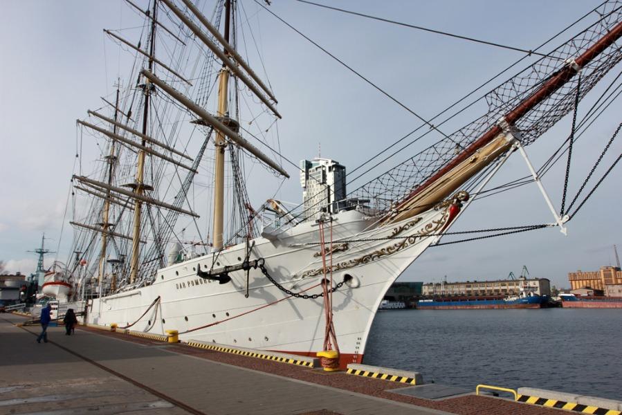 Dar Pomorza w Gdyni - Atrakcje Turystyczne Pomorze - Foto: Tomasz Kapczyński