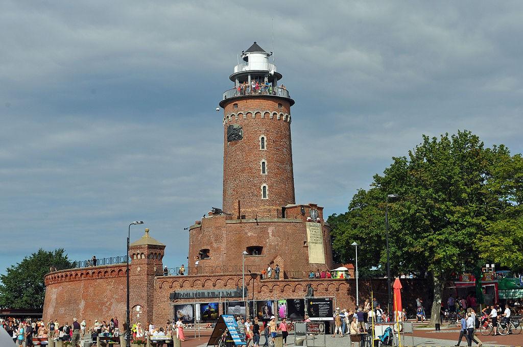 Latarnia Morska w Kołobrzegu - Foto: Klugschnacker Źródło: commons.wikimedia.org