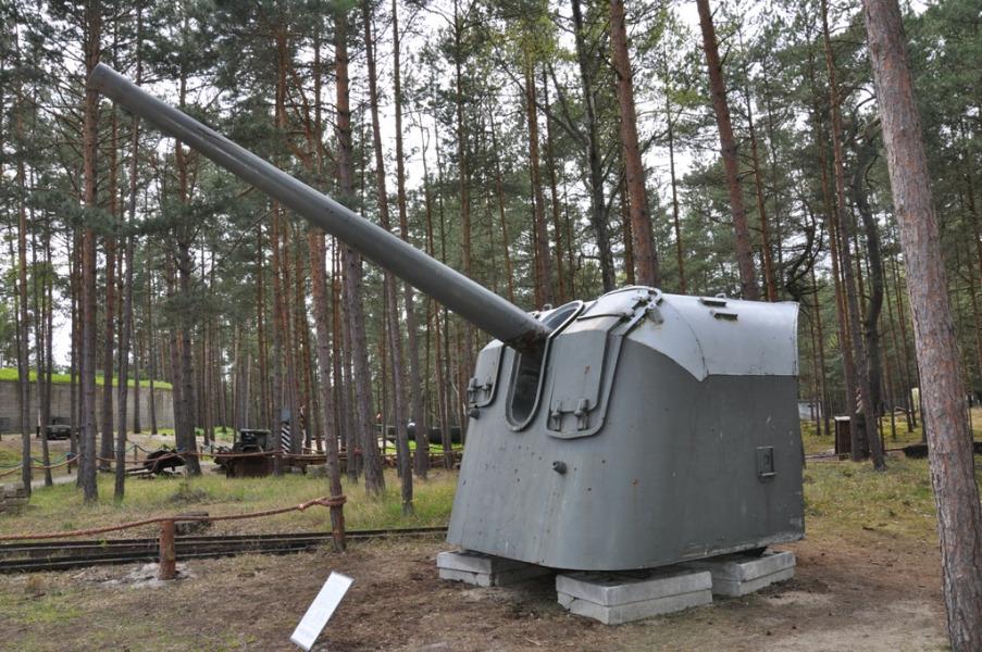 Muzeum Obrony Wybrzeża na Helu - Atrakcje Turystyczne Pomorze - Foto: Tomasz Kapczyński