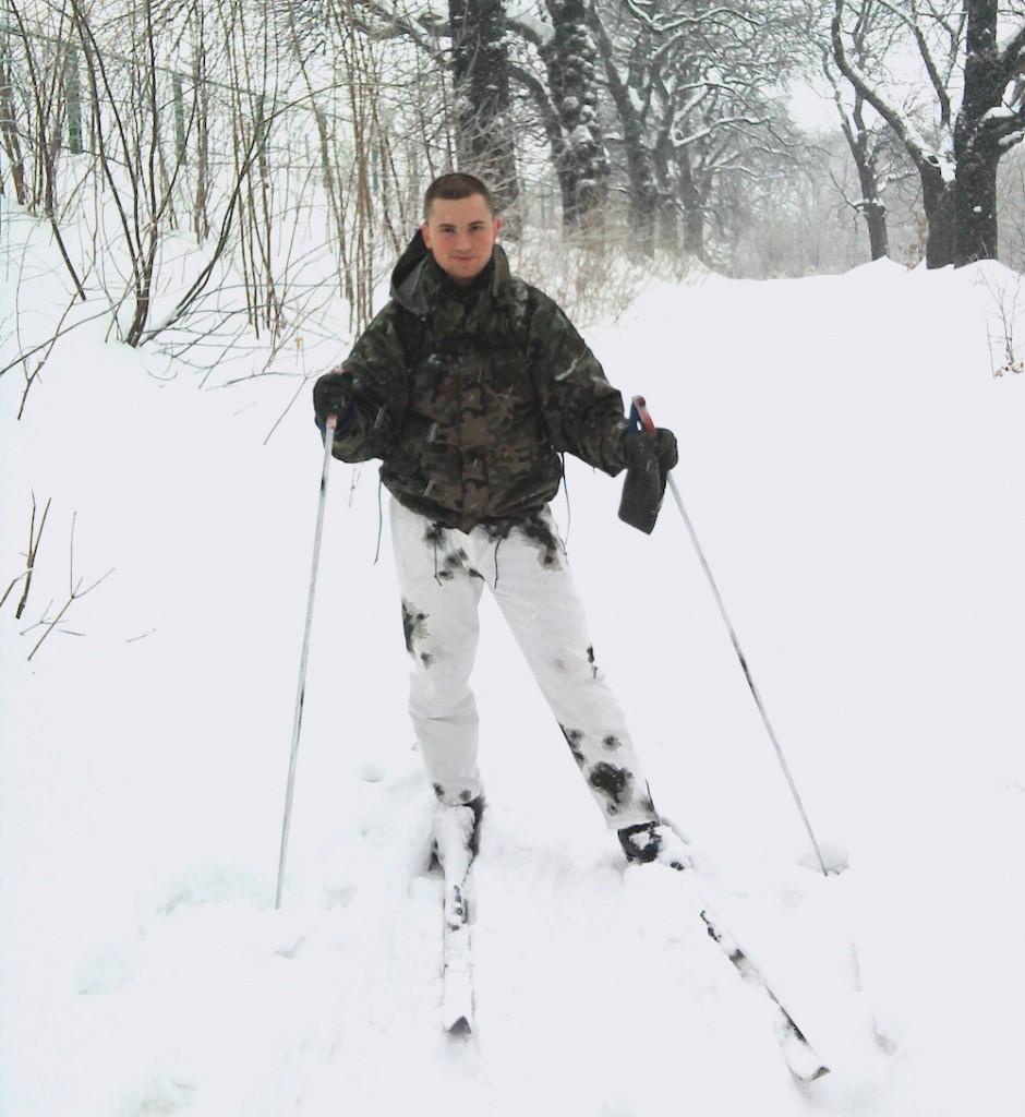 Jadę na nartach przez okoliczne lasy do Książa - 2010 rok