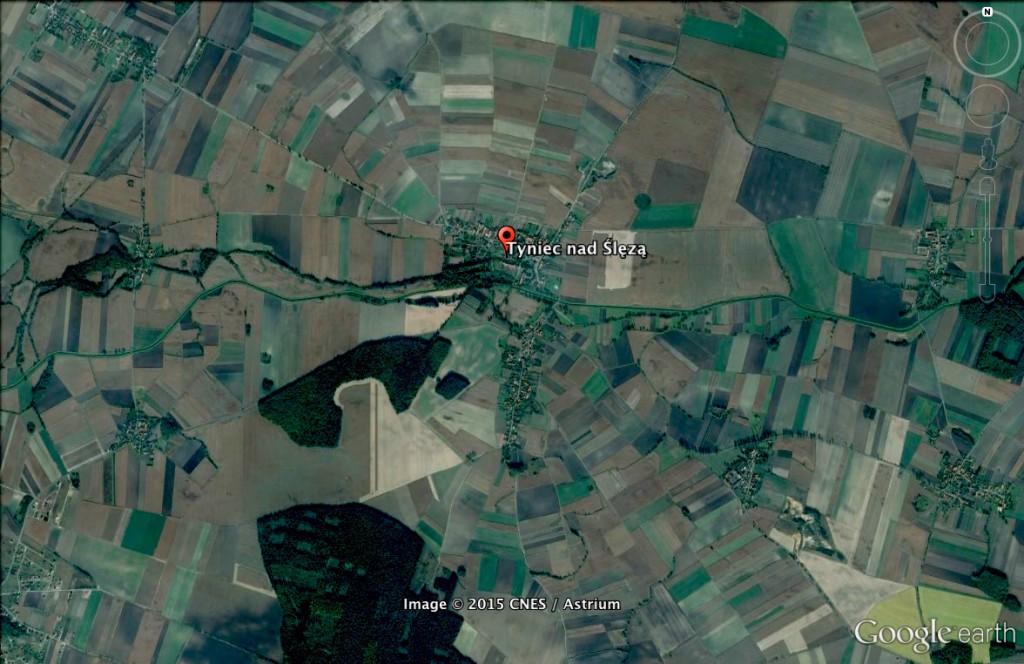 Rozeta Joannitów w Tyńcu nad Ślęża - 10 Ciekawych Miejsc w Polsce - Źródło: Google Earth