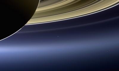zdjecie ziemi i saturna