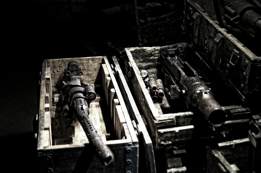 Ekspozycja sprzętu w podziemiach - Projekt Arado