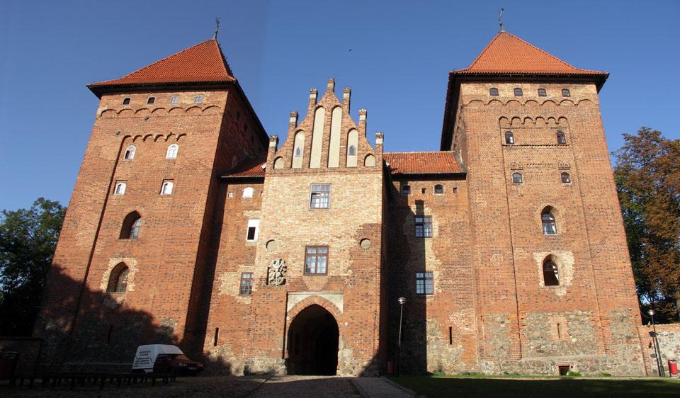 Zamek w Nidzicy - Atrakcje Turystyczne Mazury - Źródło: commons.wikimedia.org Foto: Semu