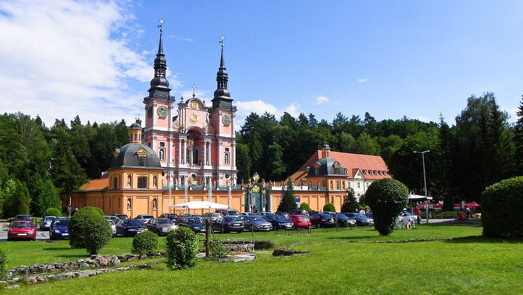 Sanktuarium Maryjne w Świętej Lipce - Źródło: commons.wikimedia.org Foto: Alfista33