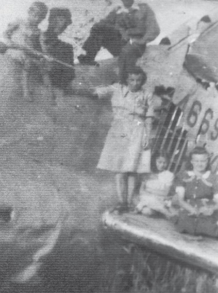 Wrak B-17 - Foto zbiory: Jerzy Łuckoś - Rok ok. 1947