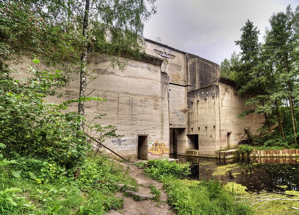 Kanał Mazurski - Śluza w Leśniewie - Foto: Semu Źródło: commons.wikimedia.org