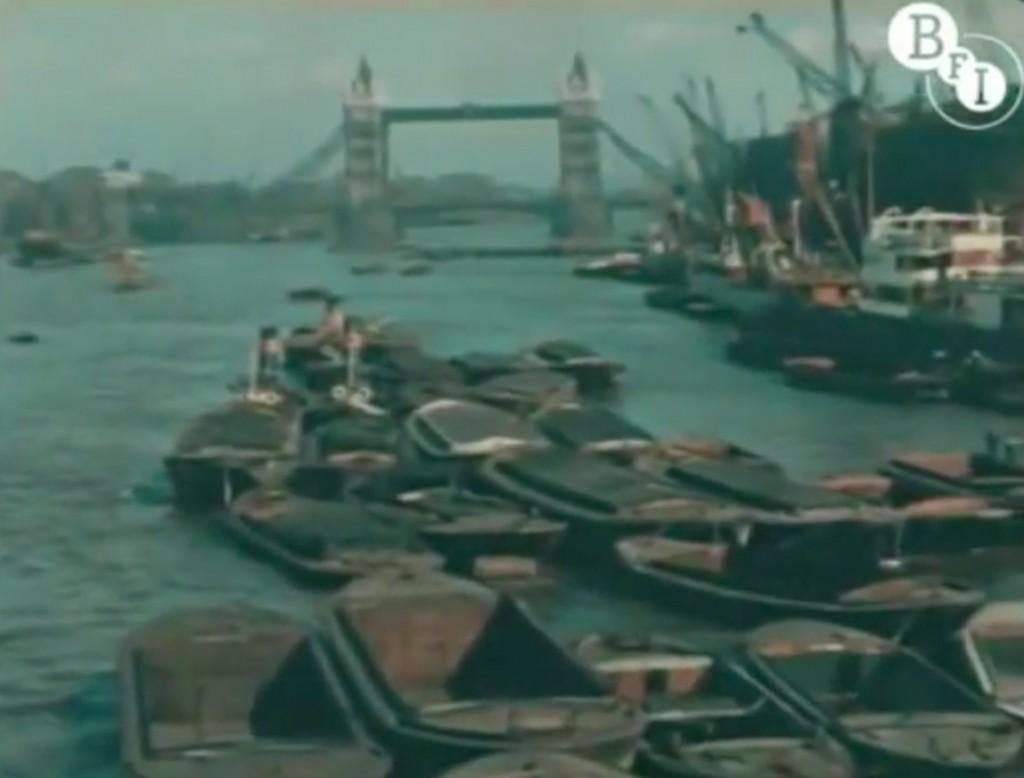 Rzeka Tamiza i Tower Bridge