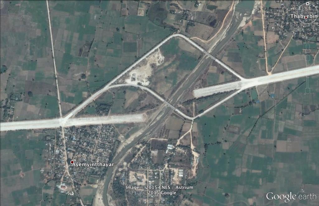Pomyłka budowlana w Birmie - 10 Niezwykłych Miejsc na Świecie - Źródło: Google Earth