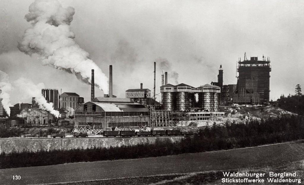 Zakłady Azotowe przerobione poźniej na zakłady chemiczne IG Farben - Źródło: dolny-slask.org.pl