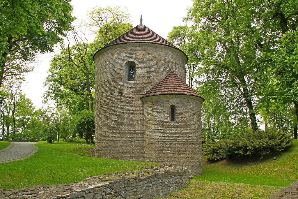 Pkt. 6 - Romańska Rotunda w Cieszynie - Foto: Pankrzysztoff Źródło: commons.wikimedia.org