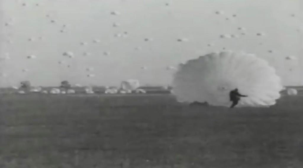 Desant spadochroniarzy - Manewry Armii Czerwonej z 1935 roku