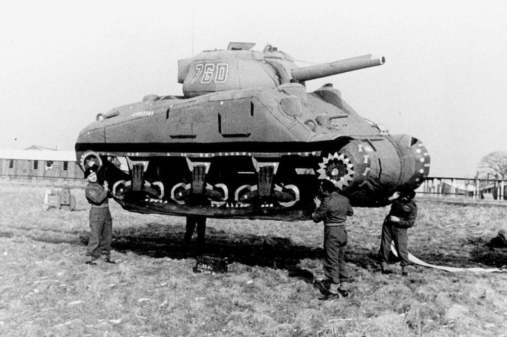 Dmuchane czołgi - Armia Duchów - 10 ciekawostek z frontów II wojny światowej