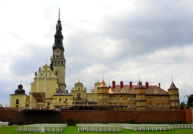 Jasna Góra w Częstochowie - Źródło: commons.wikimedia.org Foto: Aw58