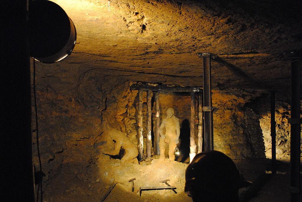 Zabytkowa Kopalnia Srebra w Tarnowskich Górach - Źródło: commons.wikimedia.org Foto: Afhbf