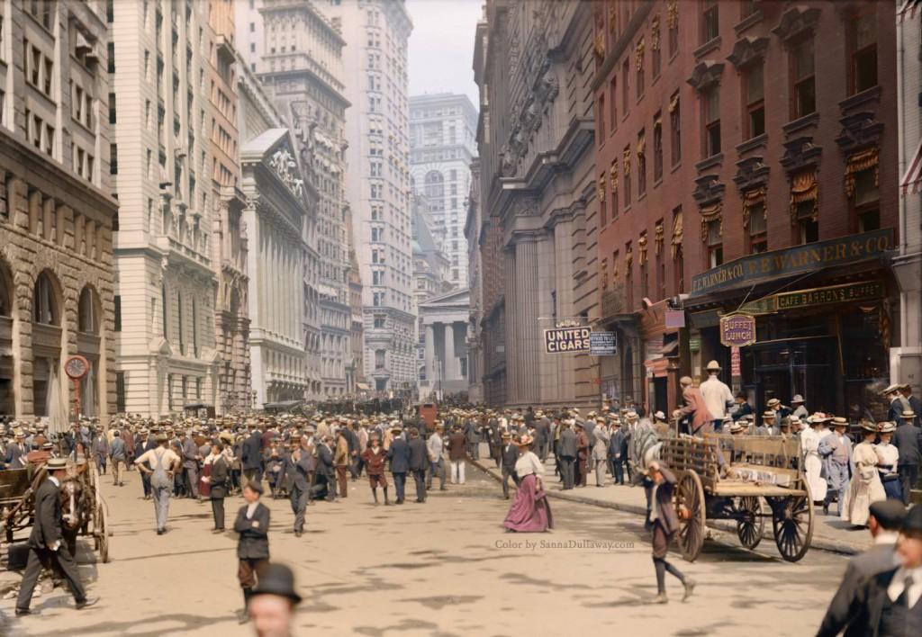 Tłumy na ulicach Nowego Jorku - Świat na 10 kolorowych starych zdjęciach - Autor: Sanna Dullaway