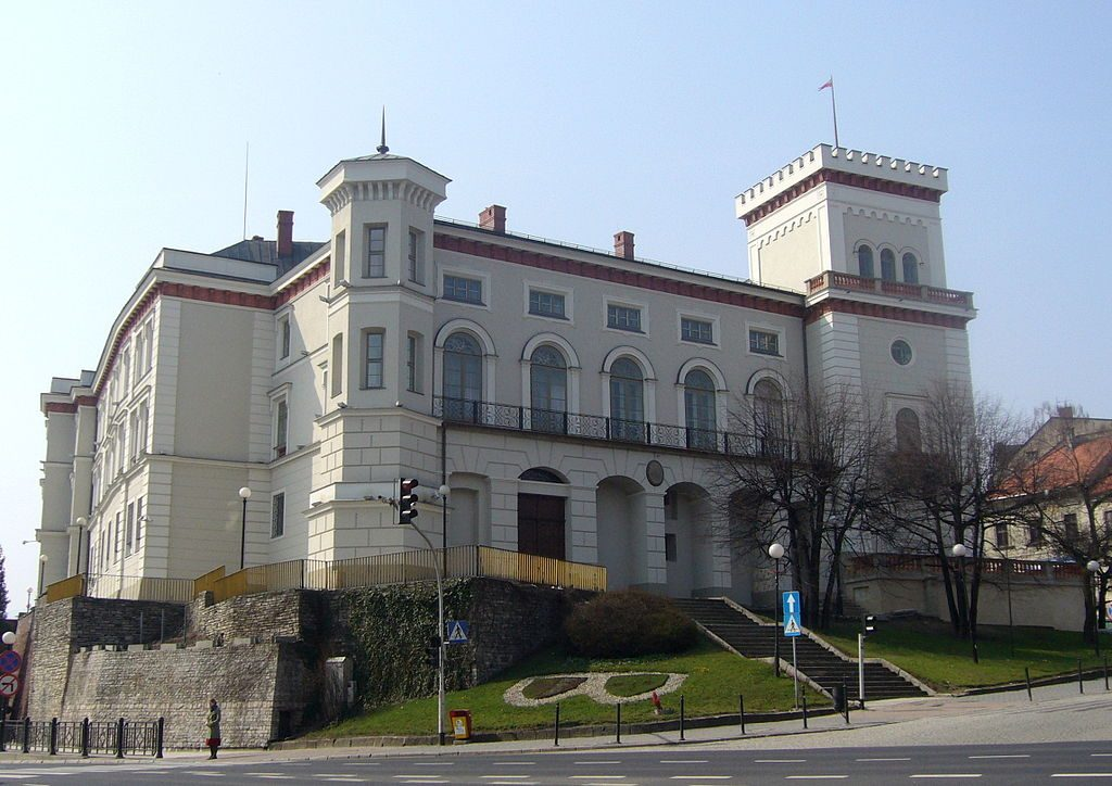 Zamek Książąt Sułkowskich w Bielsku Białej - Źródło: commons.wikimedia.org Foto: Gaj777