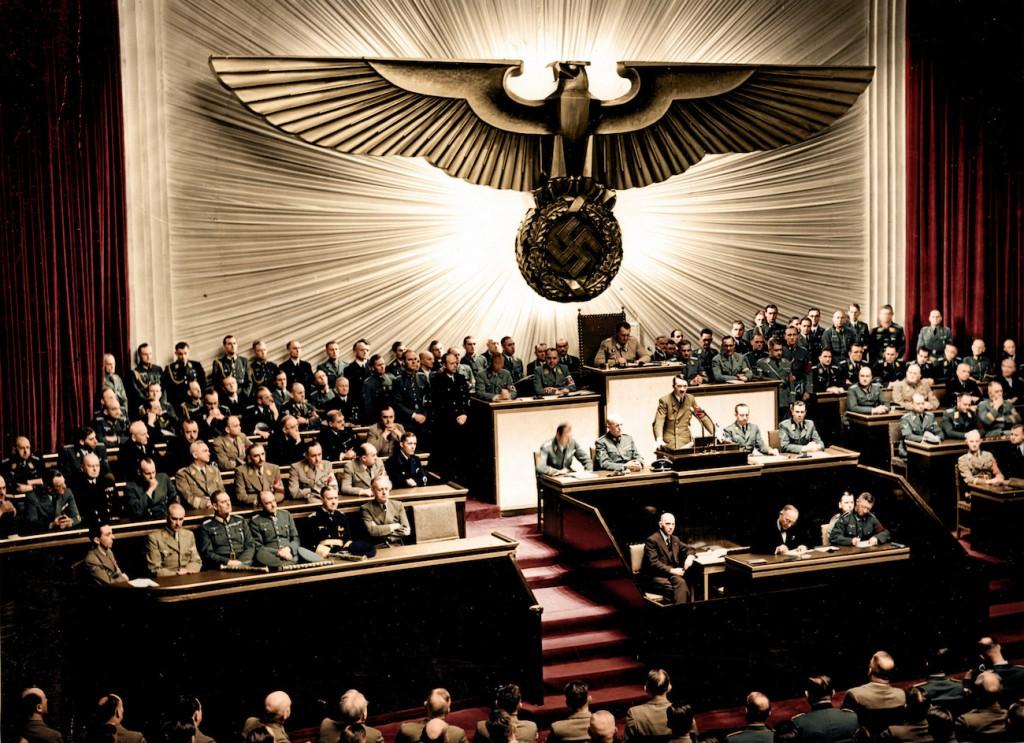 III Rzesza wypowiada wojnę Stanom Zjednoczonych - III Rzesza w Kolorze