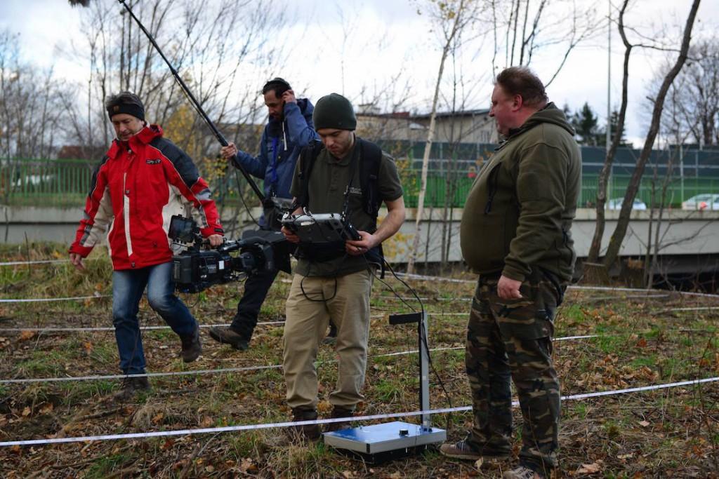 """Badania na 65 km - """"Na tropie Złotego Pociągu"""" - Foto: Discovery Channel / Łukasz Kazek"""