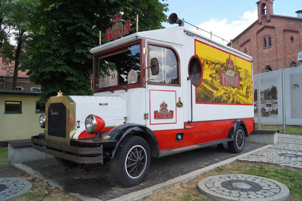 Zabytkowy samochód Tyskich Browarów Książęcych