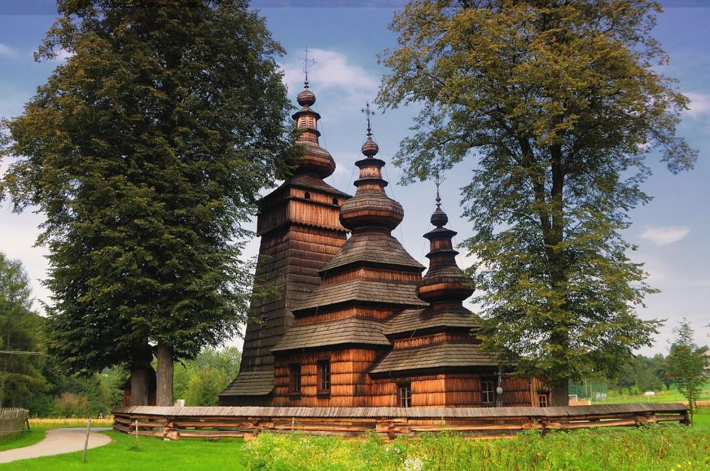 Cerkiew w Kwiatoniu - 10 baśniowych i urokliwych miejsc w Polsce - Foto: Mirosław Teterycz